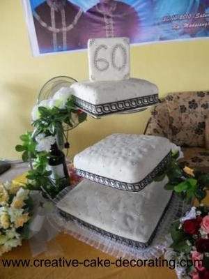 60th diamond anniversary cake