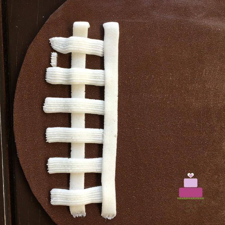 Buttercream Basket Weave Cake Decorating Tutorial ...