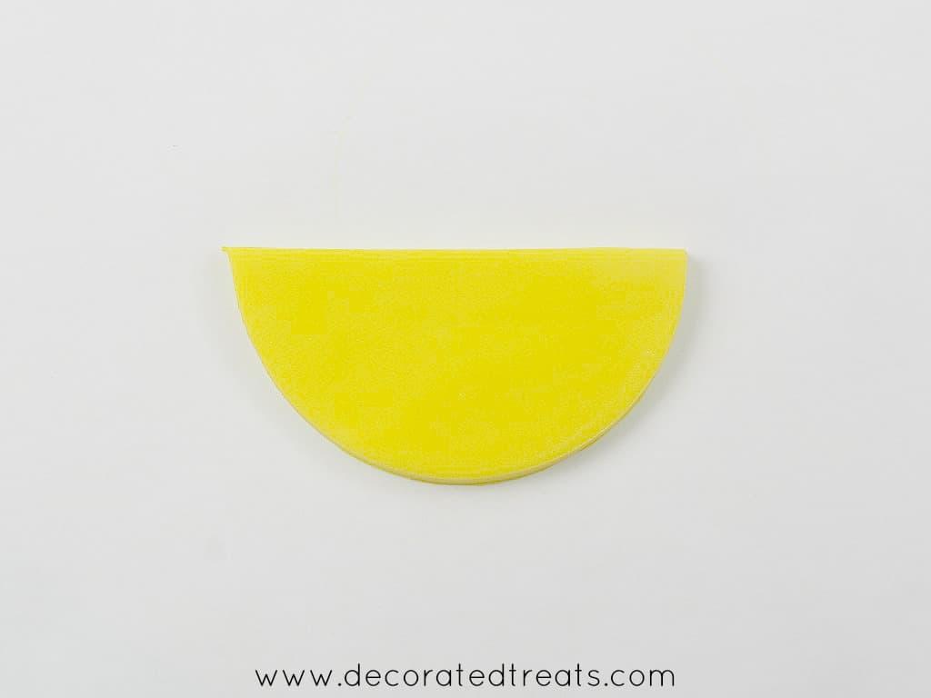 Semi circle yellow fondant