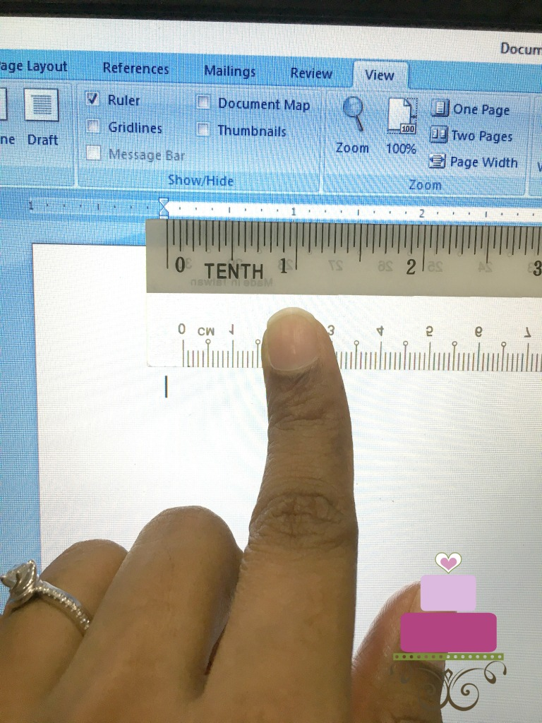 Measuring the screen with a ruler