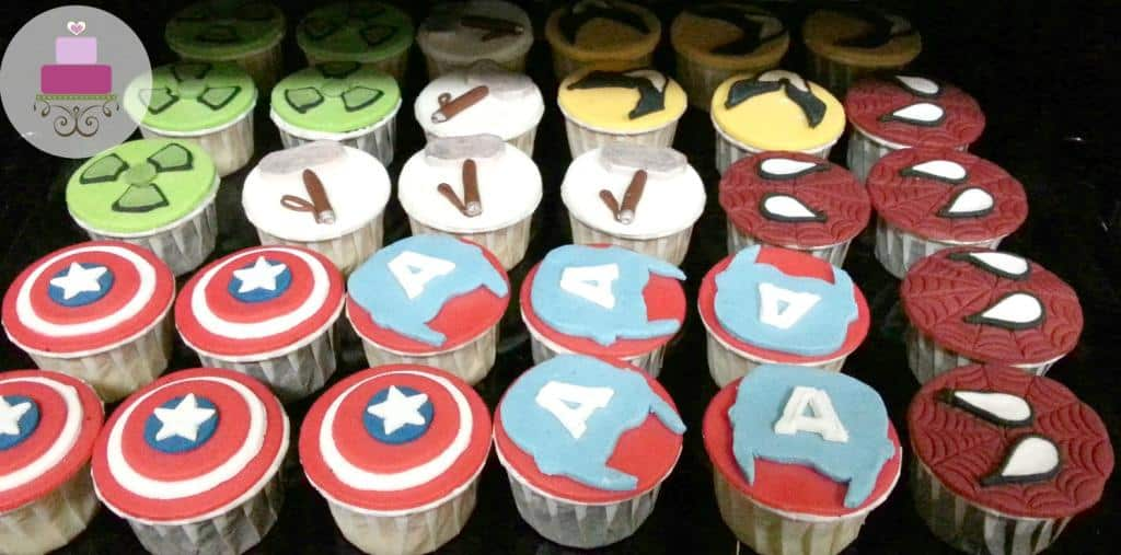 Cupcakes decorated with Caption America logos