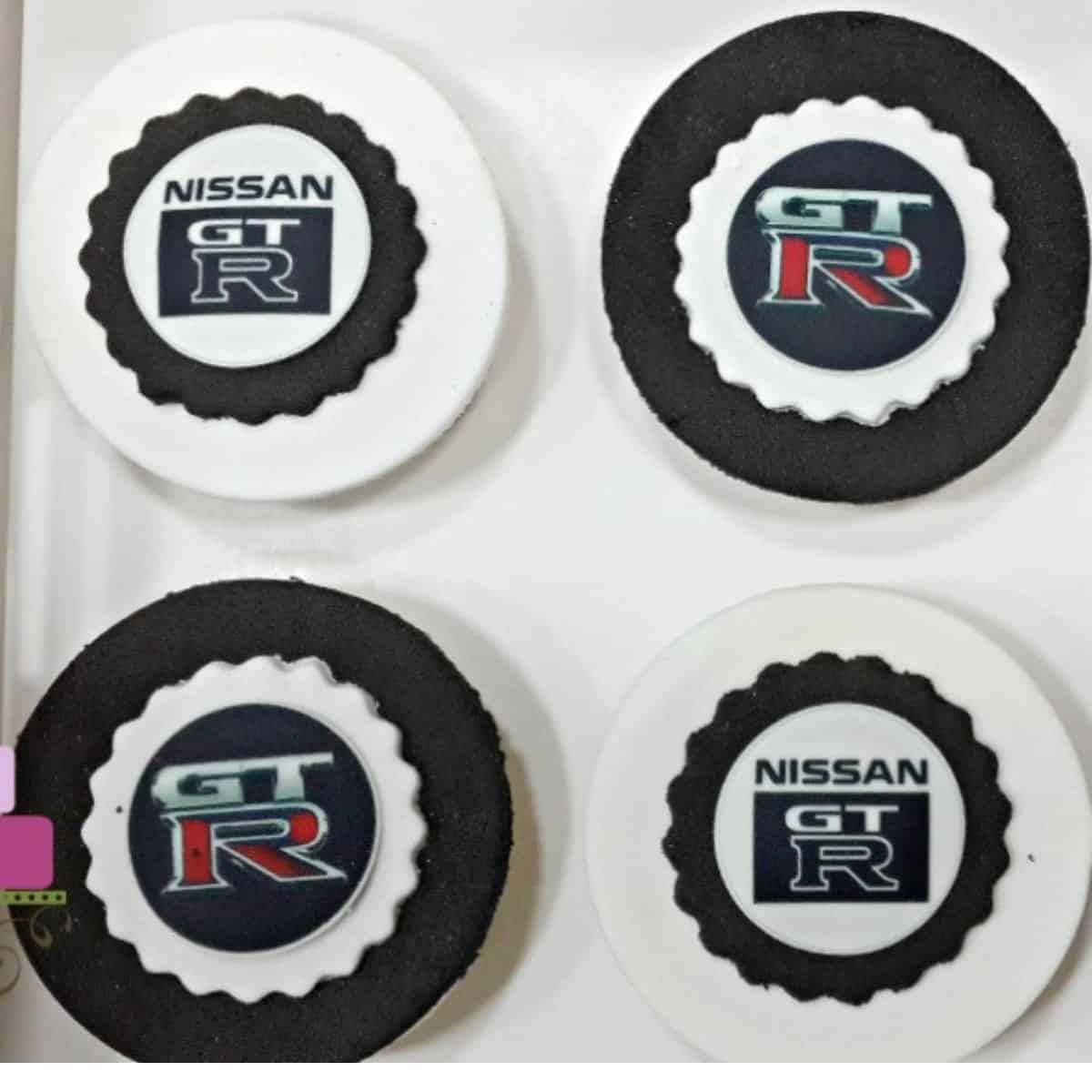 Cupcakes decorated with Nissan GTR edible images