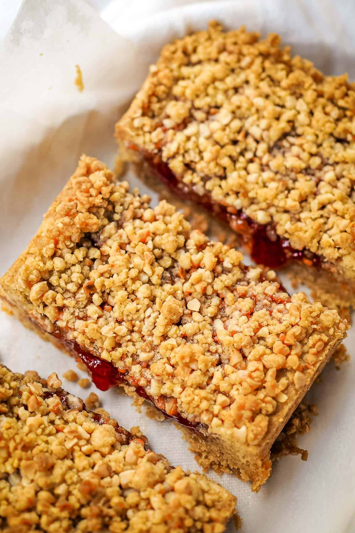 Sliced oat bars with strawberry filling